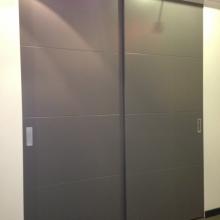 Ontdek de wand- en inloopkasten in onze showroom18
