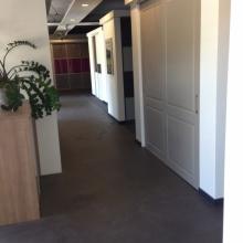 Ontdek de wand- en inloopkasten in onze showroom19